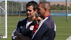 New York Red Bulls head coach Mike Petke says assistant Robin Fraser on board for 2014