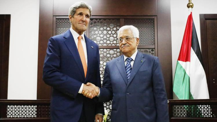 U.S. Secretary of State Kerry meets Palestinian Authority President Abbas in West Bank city of Ramallah