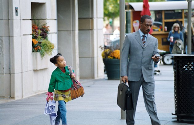 Eddie Murphy Yara Shahidi Imagine That Production Stills Paramount 2009