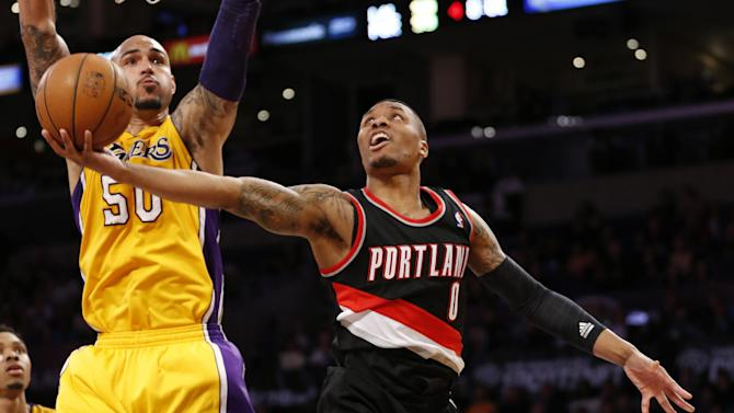 Lillard leads Blazers to 124-112 win over Lakers