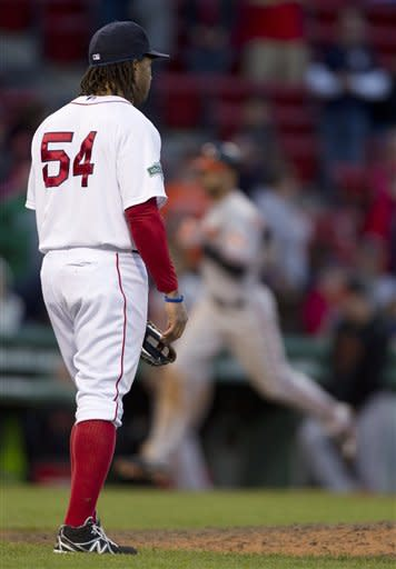 DH Davis gets win, O's outlast Red Sox in 17