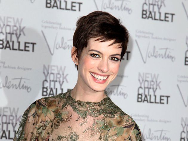 This Sept. 20, 2012 photo released by Starpix shows actress Anne Hathaway arrives at the New York City Ballet Fall Gala honoring fashion designer Valentino Garavani at Lincoln Center in New York. Hathaway will perform songs from the musical &quot;Caberet&quot; for a one-night only appearance titled, &quot;Perfectly Marvelous: The Songs of Cabaret with Anne Hathaway and Friends,&quot; on Wednesday, Oct. 24 at 7 p.m. at Joes Pub in New York to support The Public Theaters revitalization of its downtown home at Astor Place. (AP Photo/Starpix, Amanda Schwab, file)
