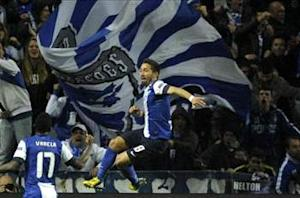 Porto 1-0 Malaga: Moutinho the difference for Portuguese giants