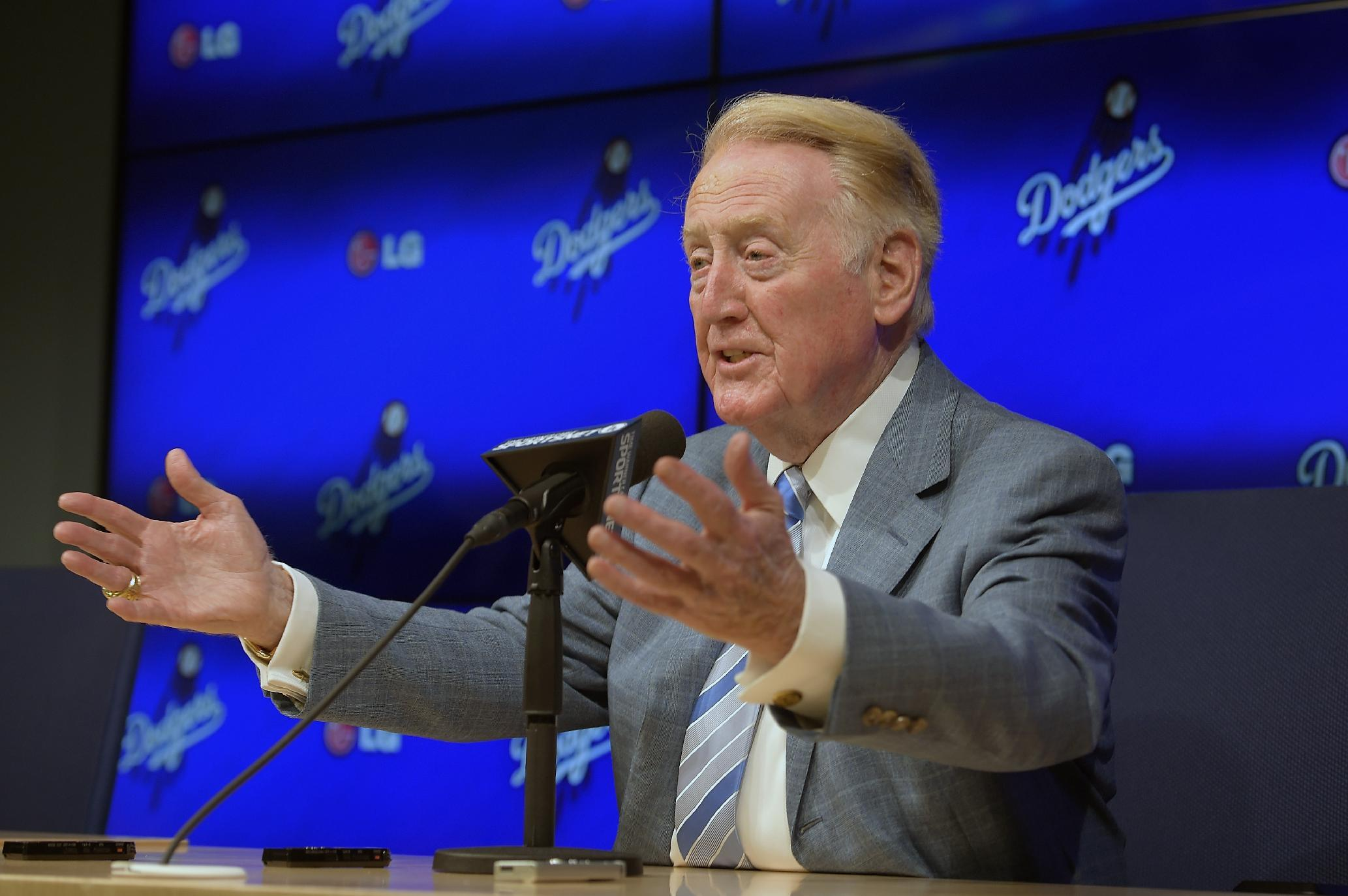 Vin Scully will return for 67th season in Dodgers television booth
