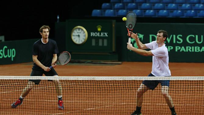 Great Britain's Jamie Murray and Andy Murray during practice