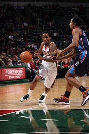 Bucks too much for Bobcats, 108-93