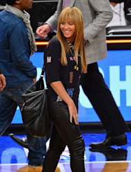 Beyoncé leathers up for basketball date with Jay-Z