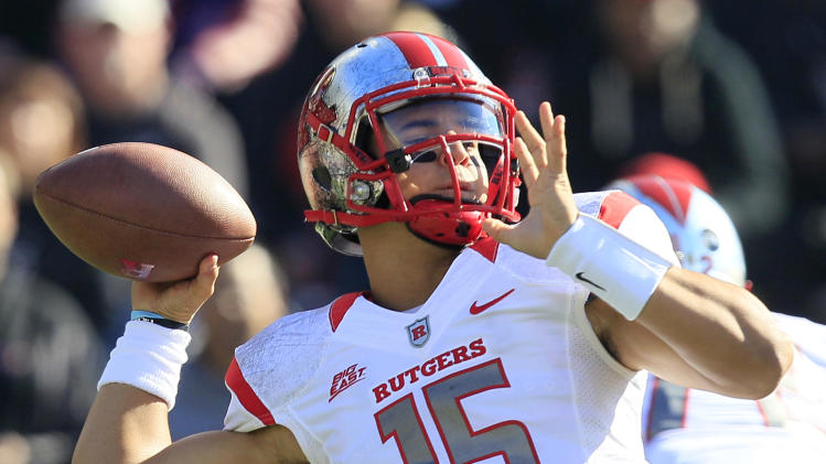 Rutgers quarterback Gary Nova passes against Cincinnati in the first half of an NCAA college football game, Saturday, Nov. 17, 2012, in Cincinnati. (AP Photo/Al Behrman)
