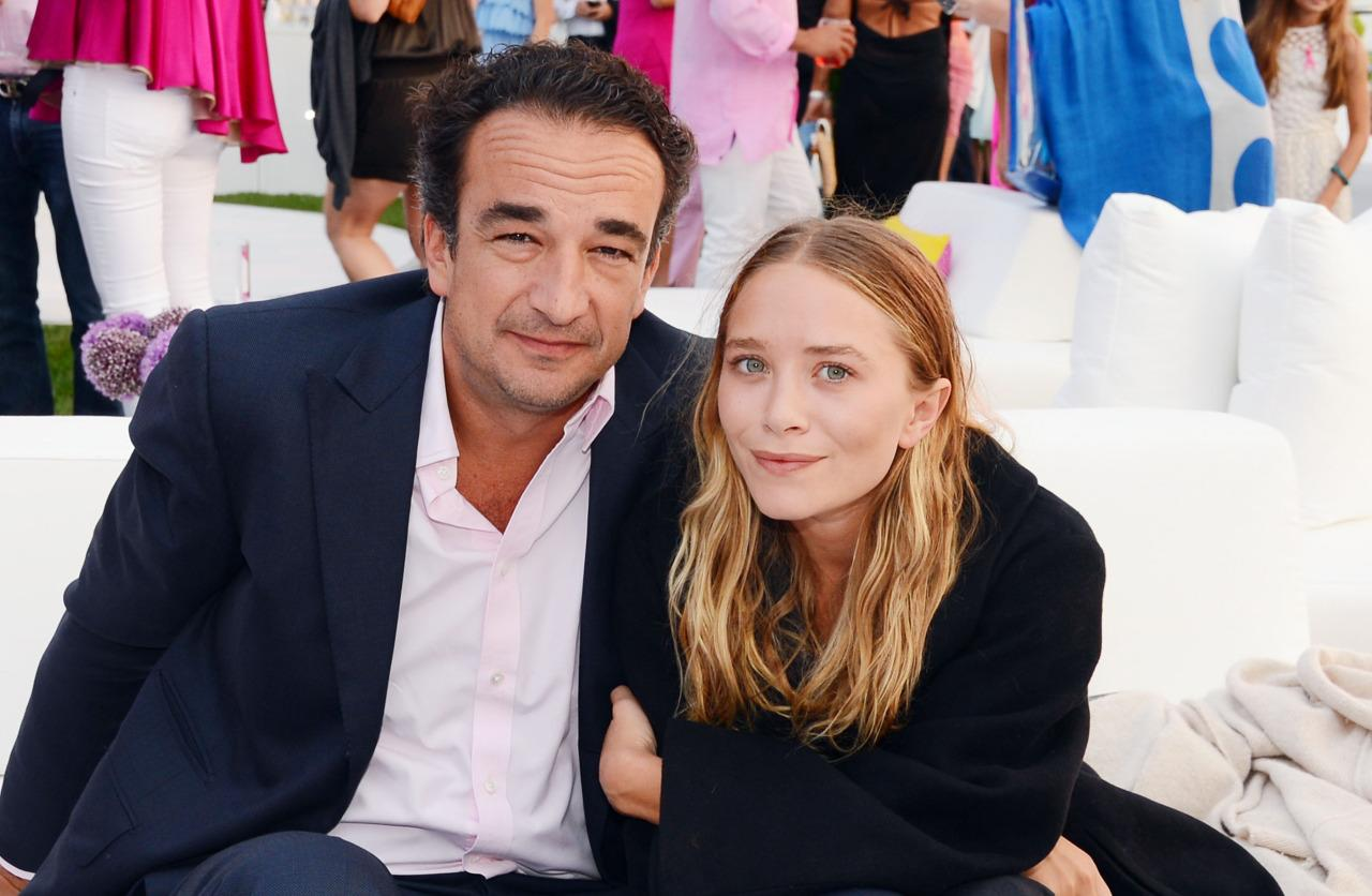 Mary-Kate Olsen Marries Olivier Sarkozy, Celebrates With Bowls Of Cigarettes