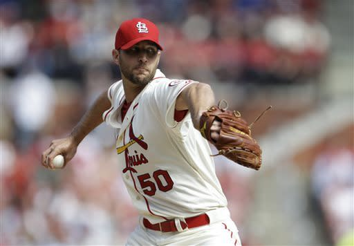 Wainwright, Cardinals rout Brewers 8-0