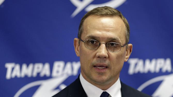 GM Yzerman signs 4-year extension with Lightning