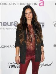 "Actress Gabrielle Anwar from the ""Burn Notice"" TV series arrives at the 2013 Elton John AIDS Foundation Oscar Party in West Hollywood, California, February 24, 2013. REUTERS/Gus Ruelas"