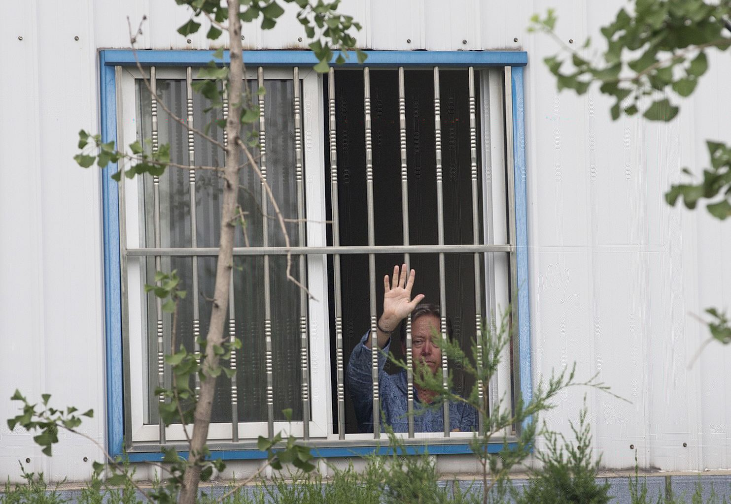 US Factory Boss Held Captive by Chinese Workers