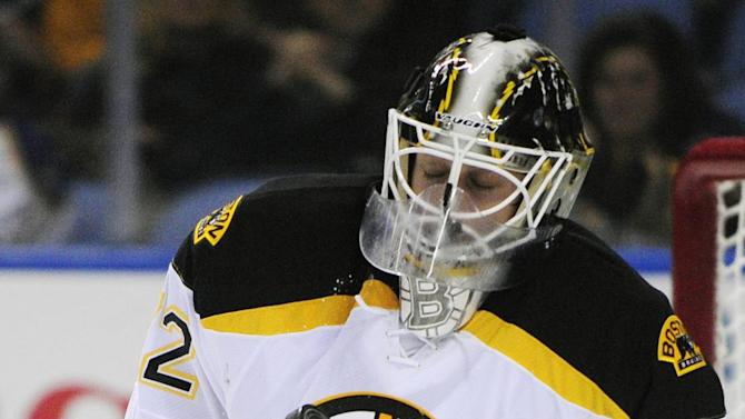 Svedberg earns shutout in Bruins' win over Sabres