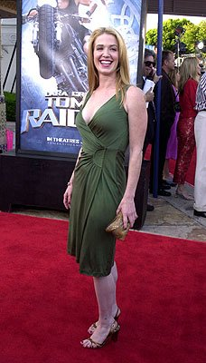 Premiere: Poppy Montgomery at the Westwood premiere of Paramount's Lara Croft: Tomb Raider - 6/11/2001