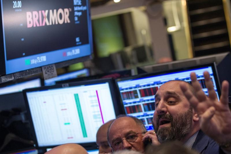 Brixmor's top executives exit after accounting review, shares plunge