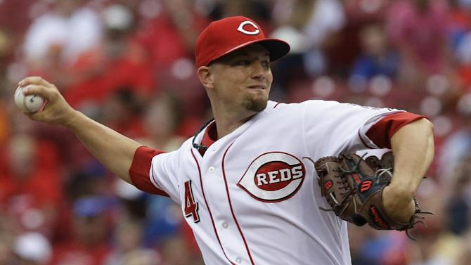 Bruce helps Reds overcome his error, beat Cubs 9-3