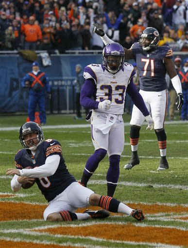 Cutler sharp as Bears beat Vikings, 28-10