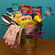 Gift basket for gardening mom