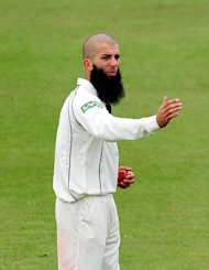 Worcestershire's Moeen Ali starred in a dominant display from the visitors