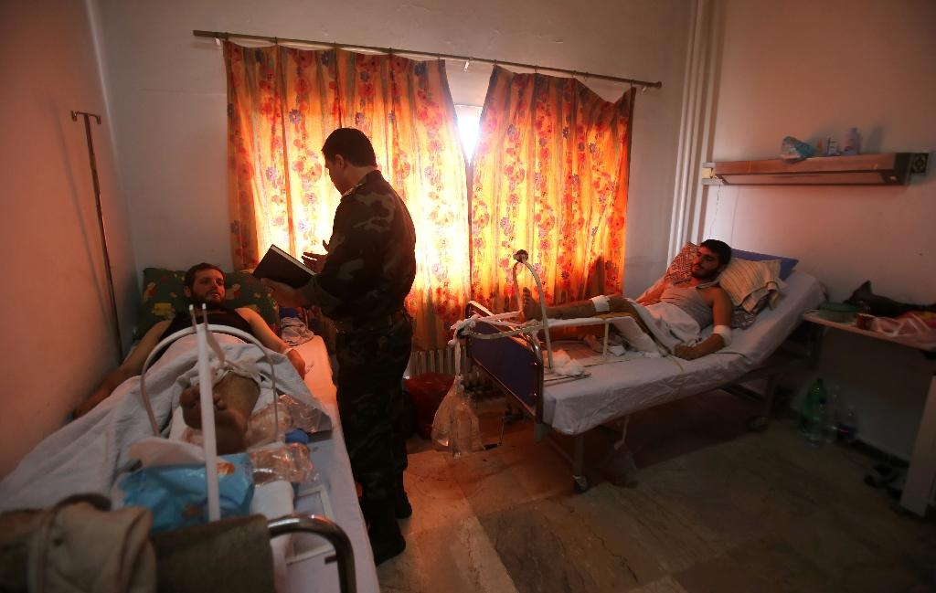 Syrian soldiers tell of harrowing escape from besieged hospital