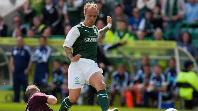 Scottish Football - Huge ref blunder clouds Edinburgh derby draw