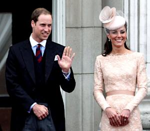 Prince William Helps Kate Middleton's Parents Buy $7 Million House!