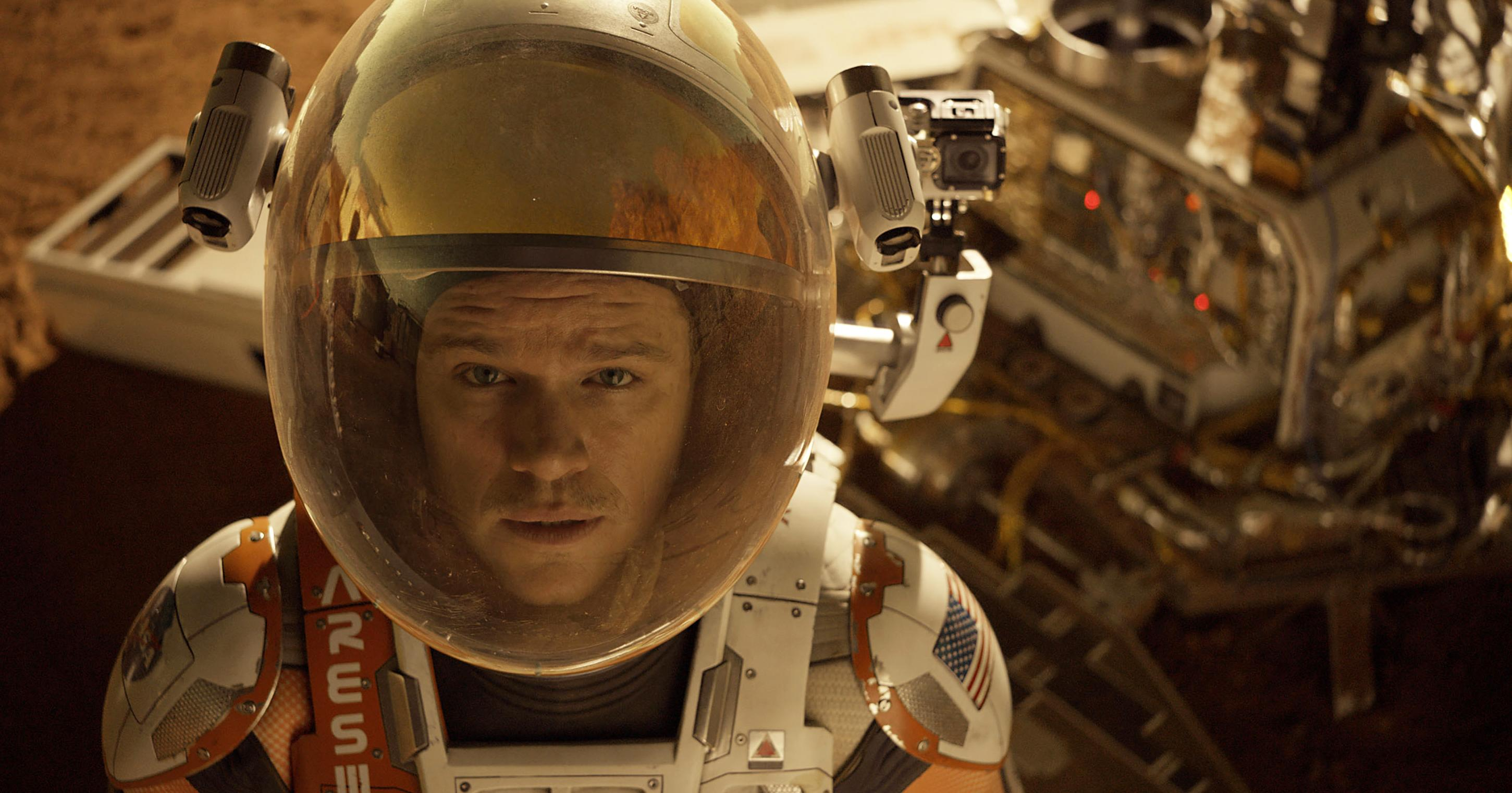 Science sells: 'The Martian' lands with $55 million debut