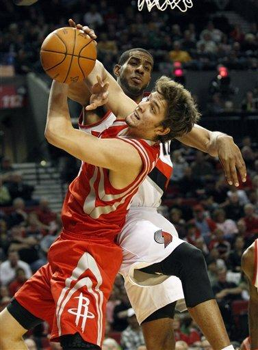 Bench leads Rockets to 103-96 win over Blazers