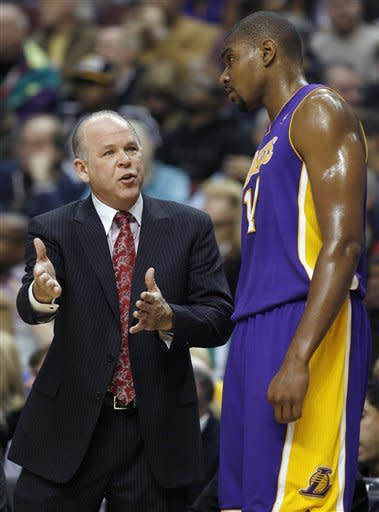 Williams rallies 76ers to 95-90 win over Lakers