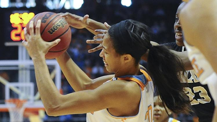 Graves, No. 3 Lady Vols trounce Oakland 84-50