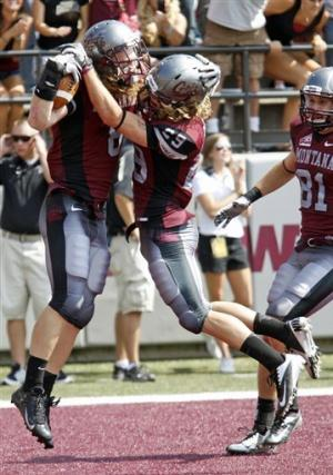 Montana  defeats South Dakota 35-24