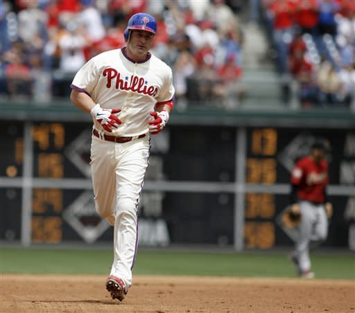 Pence's homer in 10th lifts Phillies over Astros