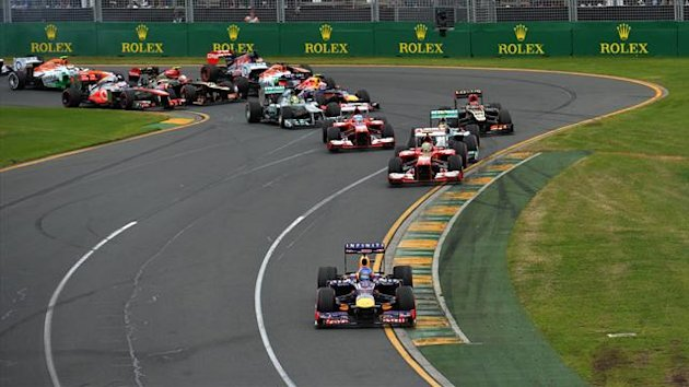 Vettel leads the Australian Grand Prix from pole