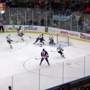 Thomas Greiss Save on Cal Clutterbuck (05:22/2nd)