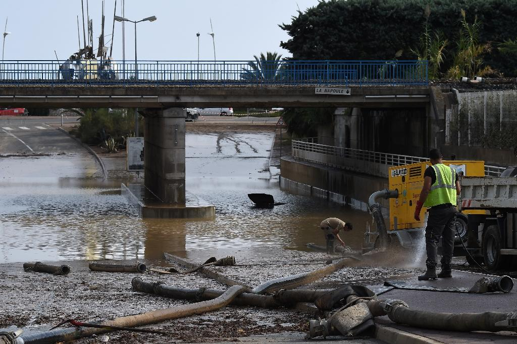 Massive clean-up after 20 killed in French Riviera floods