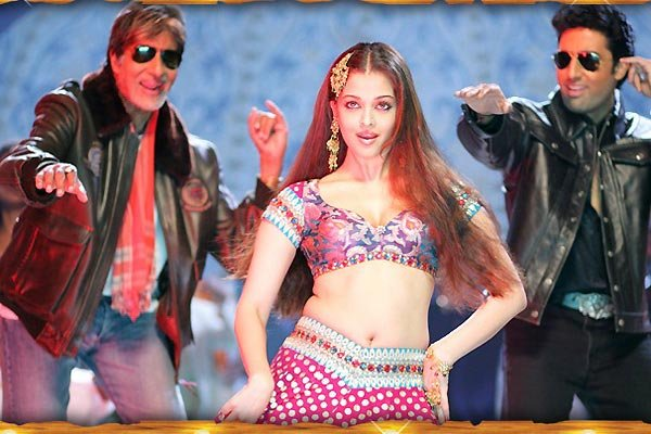 Decoding the choli, B'wood style