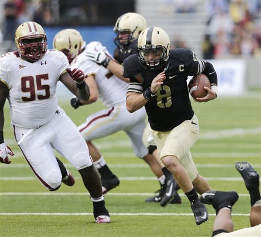 Army tops Boston College 34-31 on Steelman's 3 TDs