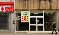 Summer Rains Push Retailers Into Insolvency