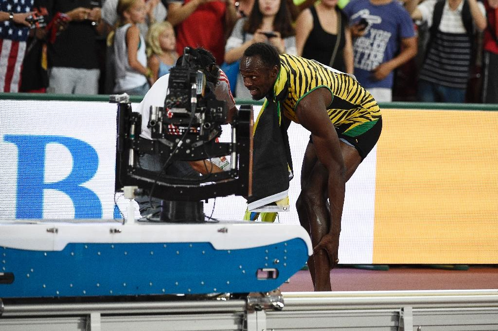 Bolt's scooter assailant says sorry with bracelet