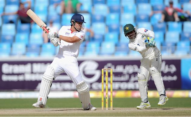 England v Pakistan: 3rd Test - Day Four