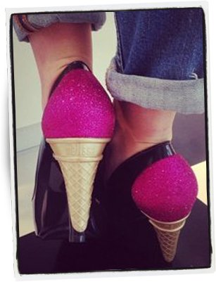 Kelly Osbourne con sus zapatos Ice Cream / Foto: Cortesía Instagram