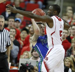 NC State rolls past Florida Gulf Coast 82-62
