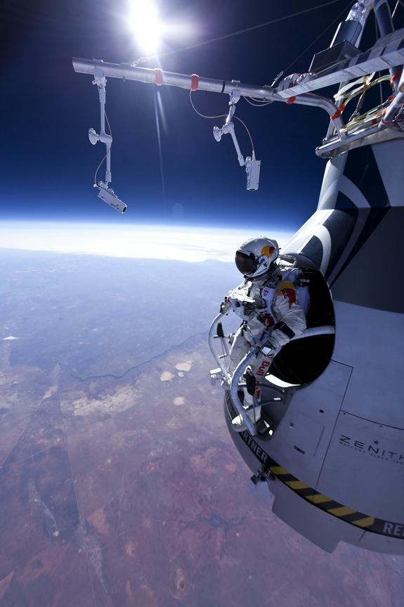 Before Baumgartner: 8 Craziest Skydives of All Time