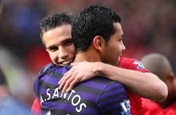 Andre Santos says sorry to Arsenal fans for Van Persie shirt swap
