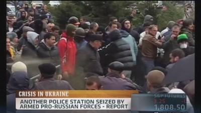 Pro Russian Demonstrators take over a Police Station