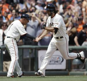Bumgarner, Posey hit grand slams, SF beats D-backs