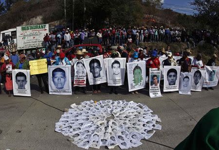 Austrian experts may need months to identify murdered Mexican students