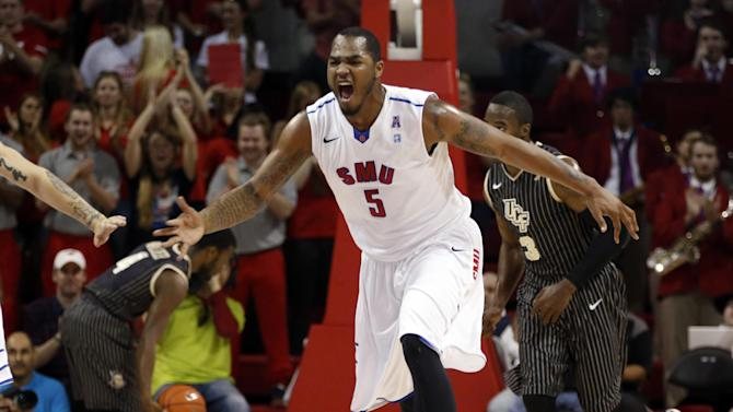 Moore, Kennedy lead No. 23 SMU over UCF 70-55
