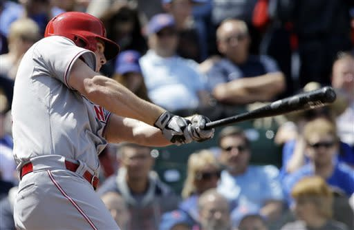 Votto, Latos and Reds sweep Cubs 7-4